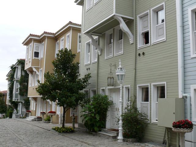 house-1172352-640x480
