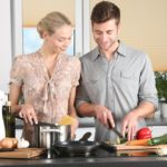 Få mere kvalitetstid i familien med måltidskasser i stedet for daglige indkøb